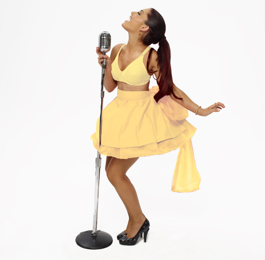 Interview 2012 Must Know Ariana Grande Coup De Main