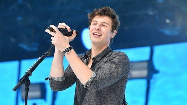 Watch shawn mendes perform at capital fms summertime ball 2017 shawn mendes performed at capital fms summertime ball last weekend treating fans to his own songs as well as a mash up of treat you better and ed m4hsunfo