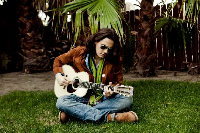 John Mayer Something Like Olivia Acoustic Video Coup De Main