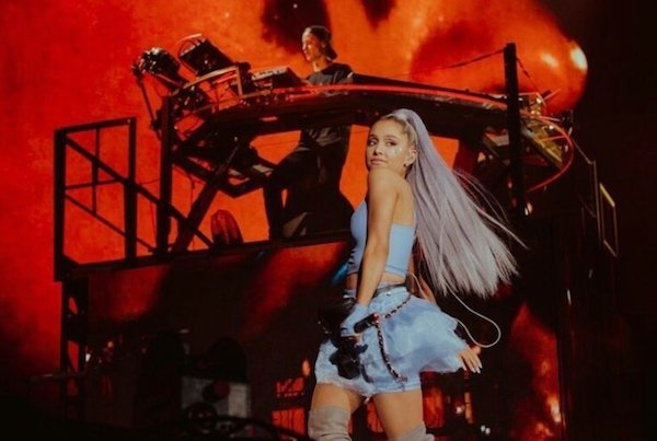 Watch Ariana Grande Performs No Tears Left To Cry Live