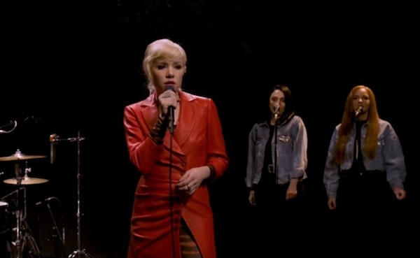 Watch: Carly Rae Jepsen performs 'Too Much' live for Vevo